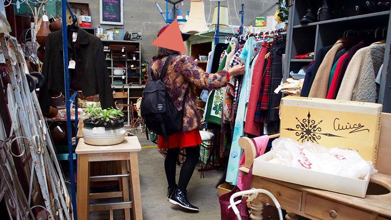 Waverley Antique Bazaar店内06