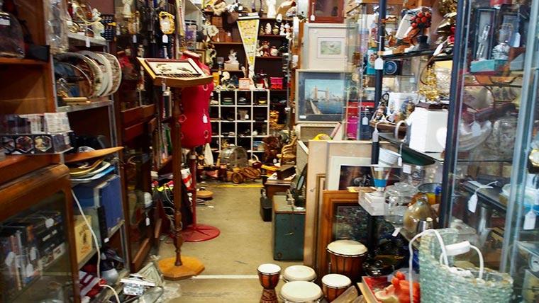 Waverley Antique Bazaar店内03